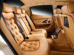 luxury-car-interior-04